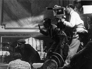 Peníze (1928)