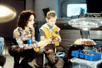 Ztraceni ve vesmíru (1998)