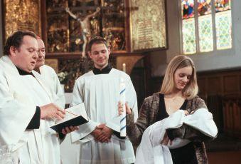 Otec Braun - Tři rakve a jedno dítě (2006) [TV film]