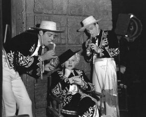 Music Is Magic (1935)