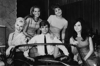...e la donna creò l'uomo (1964)