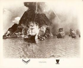 Krakatoa, na východ od Jávy (1969)