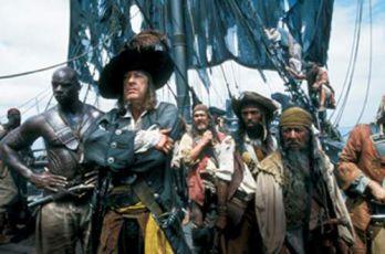 Piráti z Karibiku: Prokletí Černé perly (2003)
