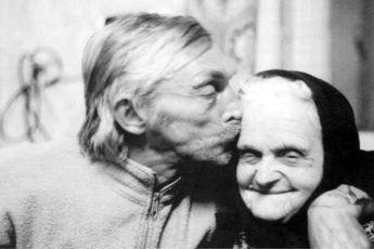 Absolut Warhola (2001)