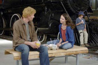 Hlasy mrtvých (2008) [TV film]