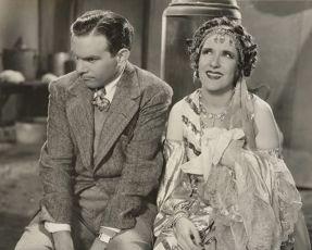 Love in Bloom (1935)