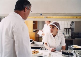 Nikdo neměl diabetes (2001) [TV film]