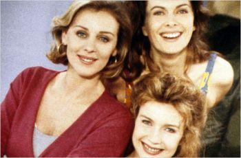 Dívky od vedle (1993) [TV seriál]