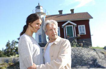 Inga Lindström: Dívka z majáku (2006) [TV film]