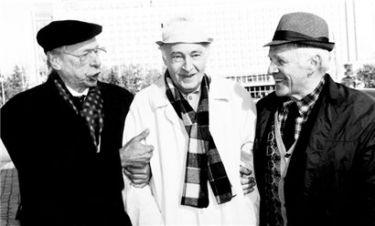 O. Jefremov a V. Tichonov