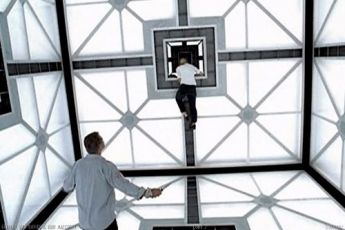 Kostka 2: Hypercube (2002)