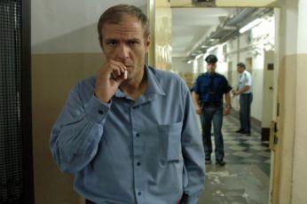 Kráska v nesnázích (2006)