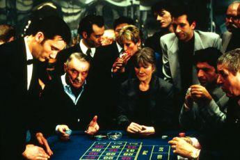 Krupiér (1998)