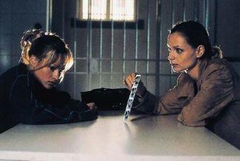 Křik z dětského pokoje (1997) [TV film]