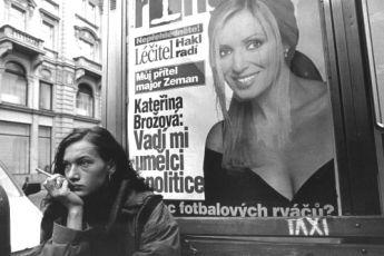 V pasti (2001)