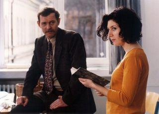 Martha Issová v roli Katky