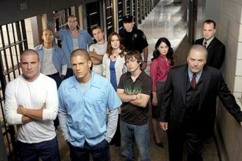 Dominic Purcell Wentworth Miller Robin Tunney Peter Stormare Amaury Nolasco Marshall Allman