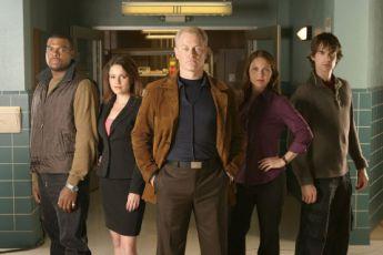 Lékařské záhady (2004) [TV seriál]