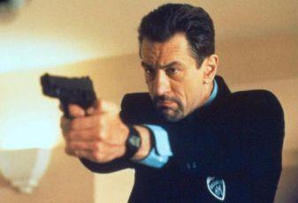Nelítostný souboj (1995)