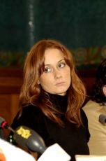 Leanne Rowe na tiskové ponferenci při světové premiéře v Praze