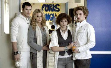 Emmet, Rosalie, Alice a Jasper
