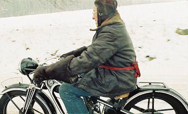 4 věci: Motocyklení (2000)