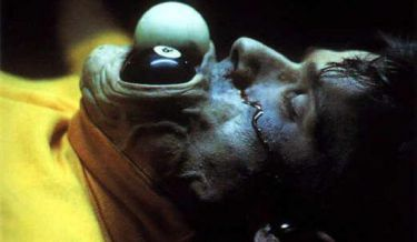 Hellraiser 3: Peklo na zemi (1992)