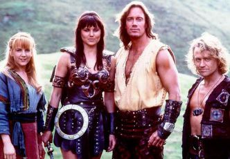 Renee O'Connor + Lucy Lawless +  Kevin Sorbo + Michael Hurst