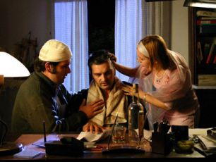 Što je muškarac bez brkova? (2005)