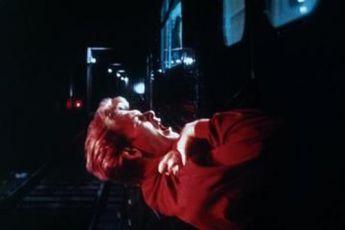 Duch (1990)