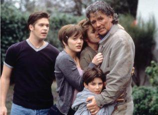 Zapomeň na minulost (1999) [TV film]