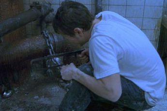 Saw: Hra o přežití (2004)