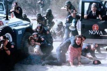 Číslo 5 žije (1986)