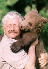 Medvědi (2002) [TV seriál]