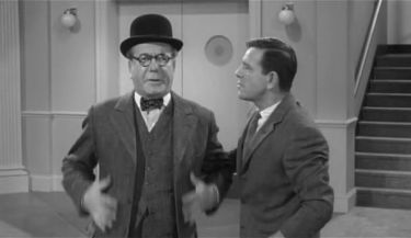 Edward Chapman - pan Grimsdale a Norman Wisdom - Pitkin