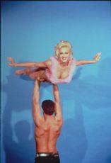 S Madonnou v posteli (1991)