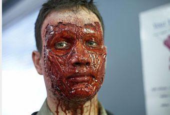 Ozvěny mrtvých: Návrat (2007) [TV film]