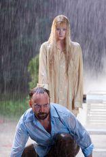 Žena ve vodě (2006)