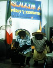 MXP - Mimořádně extrémní primát (2003)