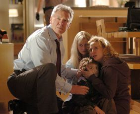 Harrison Ford, Carly Schroeder, Jimmy Bennett, a Virginia Madsen