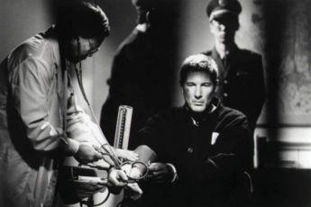 Rudý labyrint (1997)