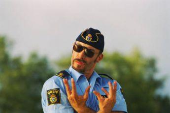 Policajti (2003)
