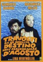 Zvraty nevšedního osudu v modrém srpnovém moři (Travolti da un insolito destino dell'azurro mare d'agosto)