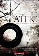 Zákeřné dvojče (The Attic)