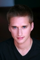Jeremy Lelliott | Official Site for Man Crush Monday #MCM ... |Jeremy Lelliott