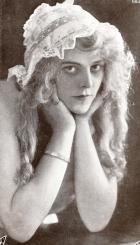Lillian Worth