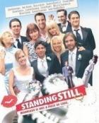 Svatební víkend (Standing Still)