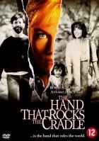 Ruka na kolébce (The Hand That Rocks the Cradle)