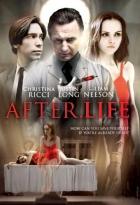 Po životě (After.Life)