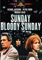 Mizerná neděle (Sunday Bloody Sunday)